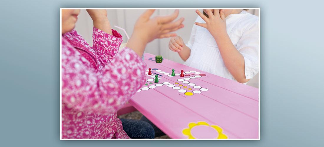 Spielbrett für Kinder – selbst gemacht!